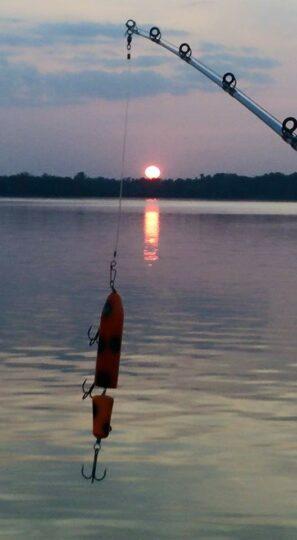 Lure sunset
